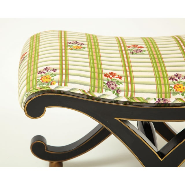 Colefax & Fowler Black and Gilt X-Form Bench For Sale In New York - Image 6 of 8