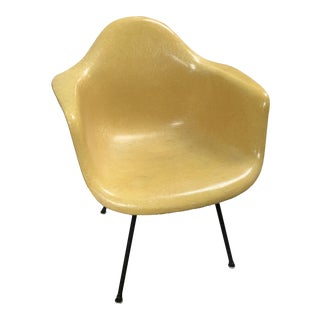 4 Mid-Century Eames Accent Chair's For Sale