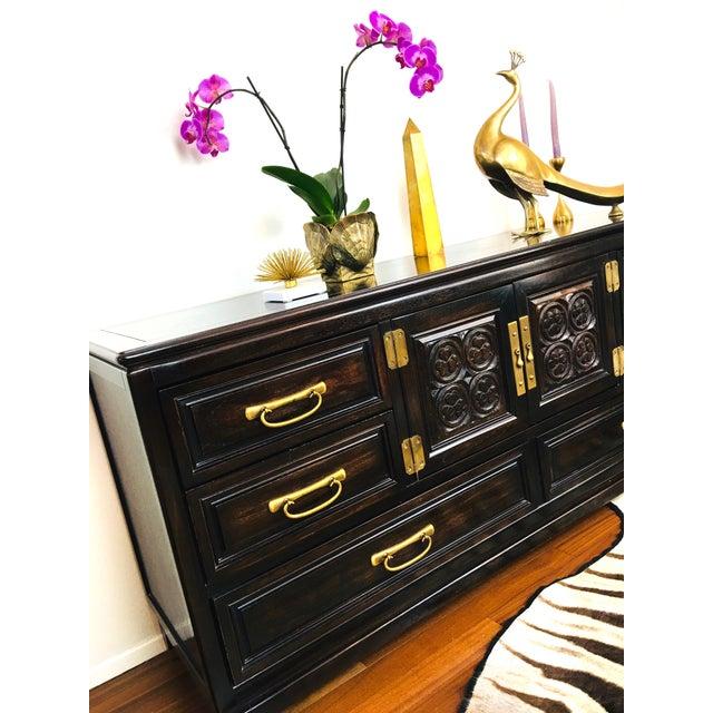 Brown Vintage American of Martinsville Mid-Century Hollywood Regency Credenza Dresser For Sale - Image 8 of 13