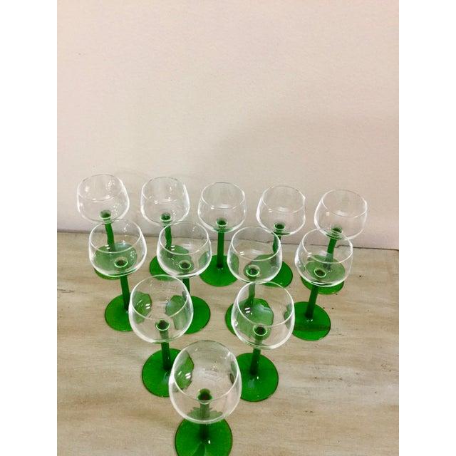Cristal d' Arques 1960s Mid Century Cristal d'Arques Glasses - Set of 12 For Sale - Image 4 of 10