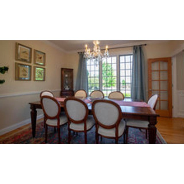2010s Ethan Allen Louis XIV Goodwin Dining Table With Ballard White Matelasse Chairs Set For Sale - Image 5 of 6
