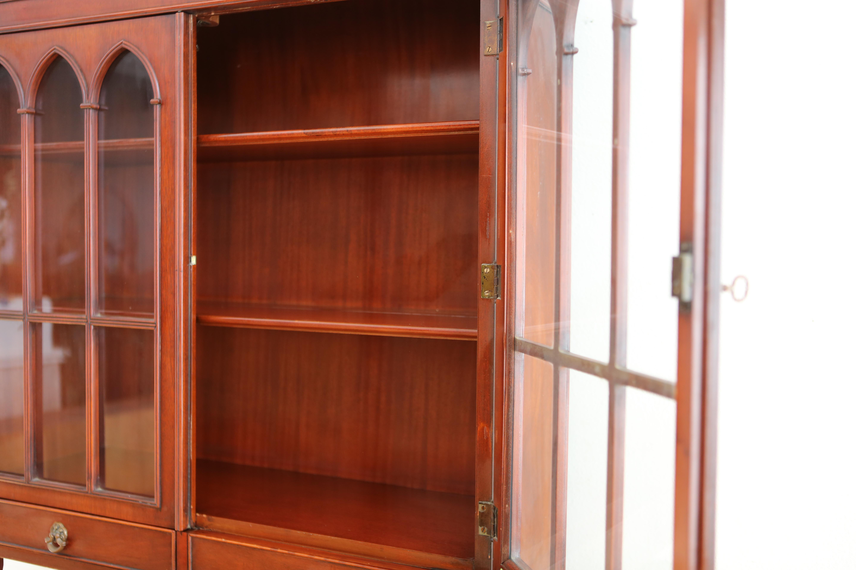 Antique Morganton Mahogany China Cabinet Hutch   Image 5 Of 11