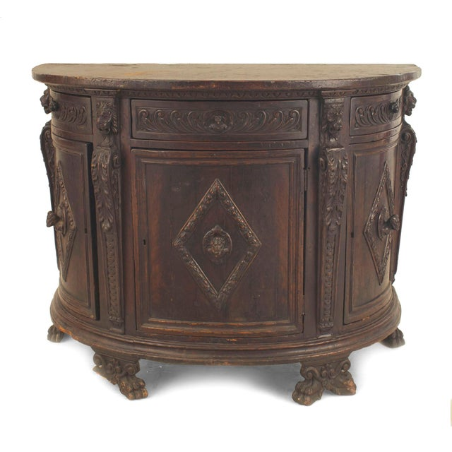 17th Century Italian Renaissance (17th Century) Demilune Shaped Commode For Sale - Image 5 of 5