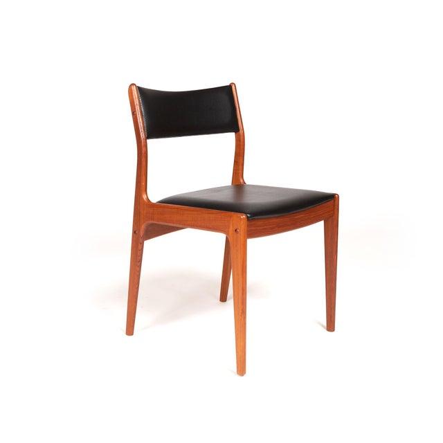Johannes Andersen Uldum Møbelfabrik Danish Teak Dining Chairs — Set of Four For Sale In San Francisco - Image 6 of 12