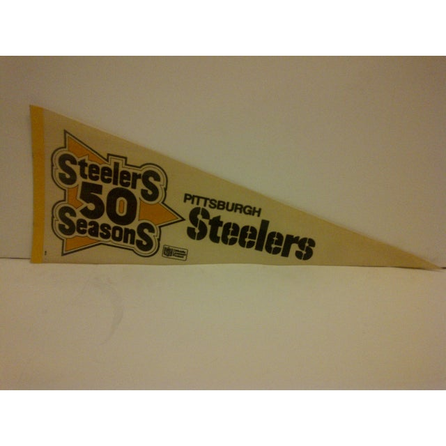"Mid-Century Modern Vintage NFL ""Steelers 50 Seasons"" Team Pennant 1982 For Sale - Image 3 of 6"