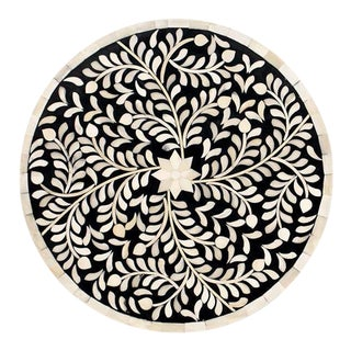 Imperial Beauty Black & White Round Charger