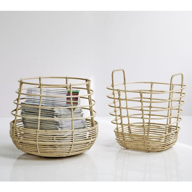 Lovely nordic inspired baskets. Danish design by Foersom & Hiort-Lorenzen MDD.. The curves comes in two shapes; round and...