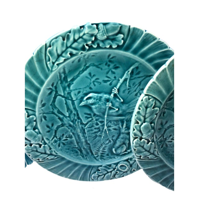 Set of Six Antique French Majolica Bird Plates - Set For Sale In Dallas - Image 6 of 11
