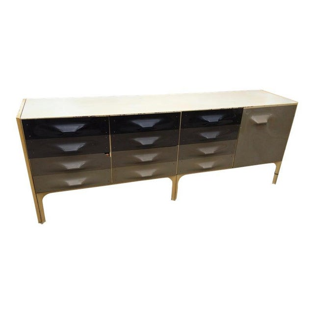 Raymond Loewy Large Dresser Bp2000 Made in France For Sale - Image 9 of 12