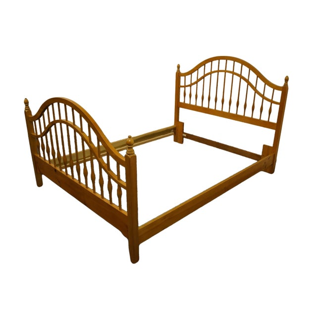 """Thomasville Furniture replicas 1800 solid knotty pine queen size spindle bed 22911-575. 51"""" High 53.5"""" Wide 86.25"""" Deep..."""