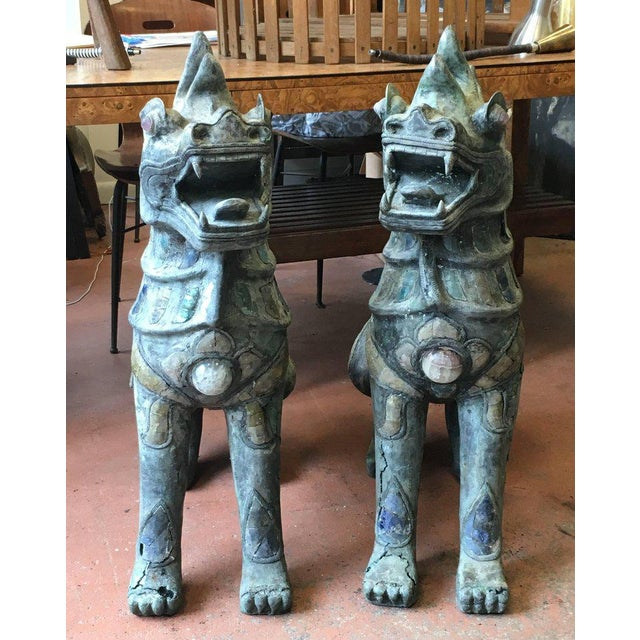 1900 - 1909 Pair of Antique Bronze Thai Foo Dogs With Amethyst and Rose Quartz From the Estate of Tony Duquette For Sale - Image 5 of 8