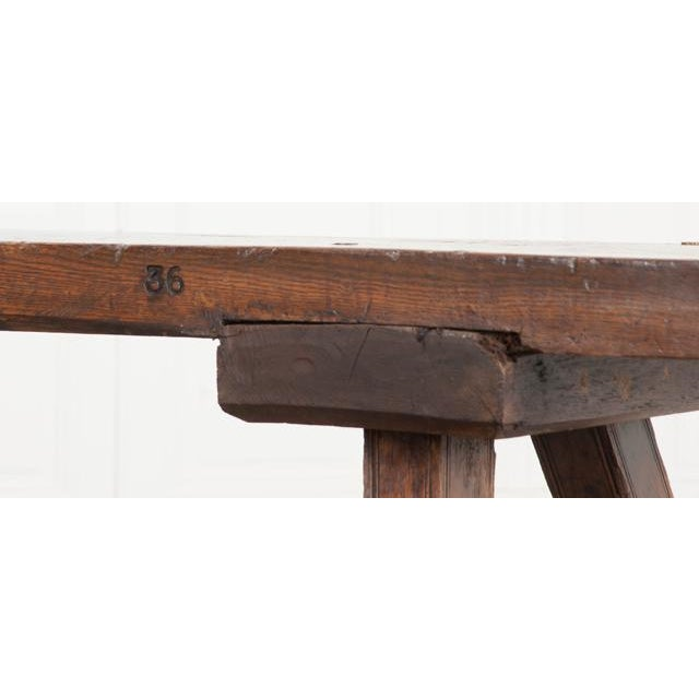 English Early 19th Century Thick Oak Bench For Sale - Image 4 of 12