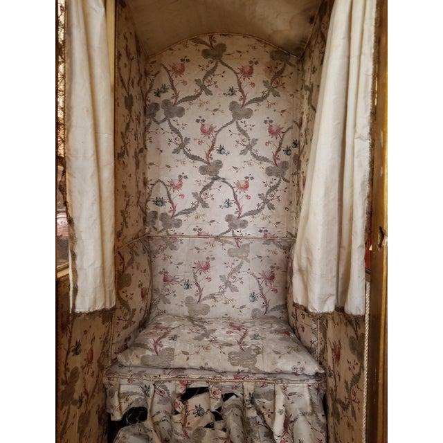 Gold 19th Century Italian Sedan Chair For Sale - Image 8 of 12