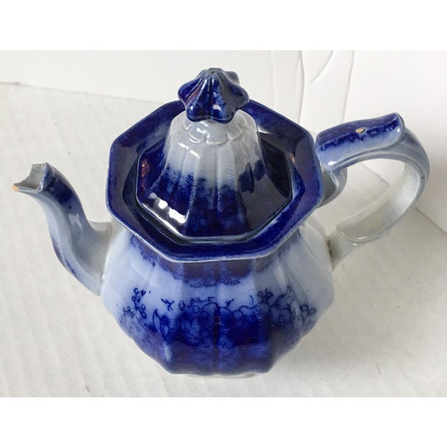 Child's Petite English Flow Blue Teapot with Lid - Image 3 of 7