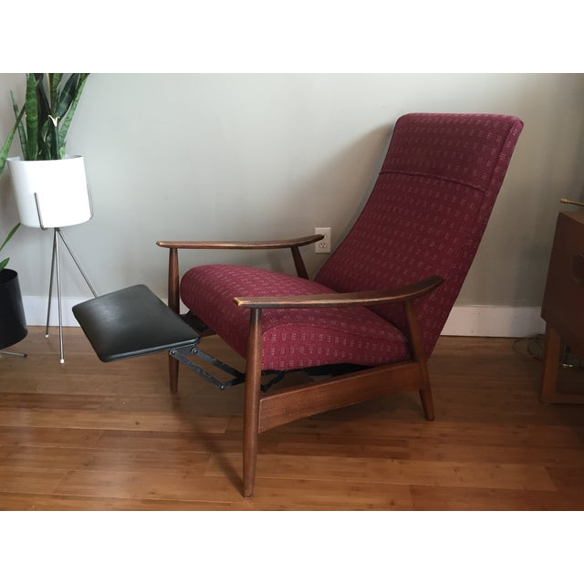 Milo Baughman Recliner 74 for Thayer Coggin For Sale - Image 9 of 10