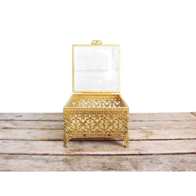 This gorgeous vintage gold ormolu metal jewelry casket is the perfect way to display your jewelry, baubles, or wedding...