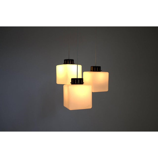 White Set of Three Milk Glass Cube Pendants by Stilnovo, Italy, 1960s For Sale - Image 8 of 8