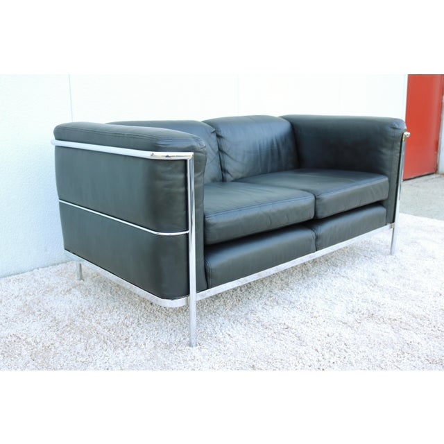 1980s 1980's Le Corbusier LC2 Jack Cartwright Black Leather Loveseat For Sale - Image 5 of 13