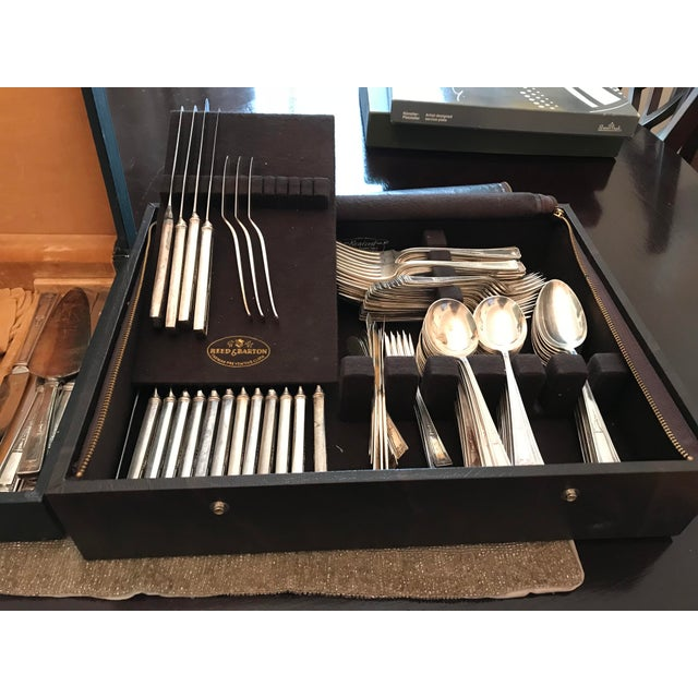 "1920s Wallace ""Buckingham"" Silver-Plated Flatware Collection For Sale - Image 5 of 5"