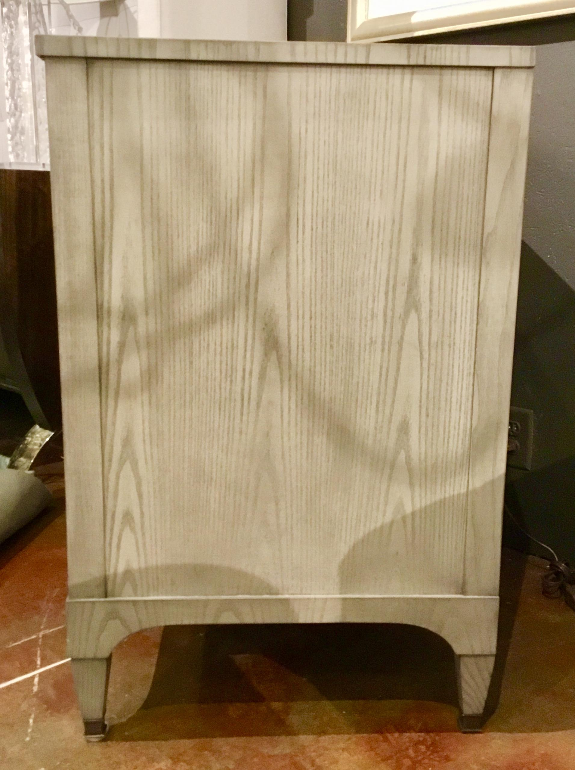2010s Contemporary Hickory Furniture Co. Off White Side Tables   A Pair For  Sale