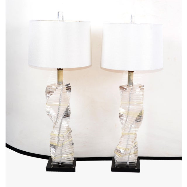 Mid-Century Modern Stacked Clear Lucite Lamps Spiral Staircase Design - a Pair For Sale - Image 4 of 13