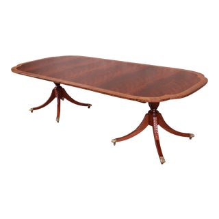 Baker Furniture Historic Charleston Banded Flame Mahogany Double Pedestal Dining Table, Newly Restored For Sale