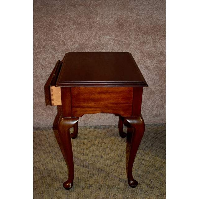 Brown 1970s Queen Anne Henkel-Harris Solid Cherry Side Table W/Drawer For Sale - Image 8 of 12