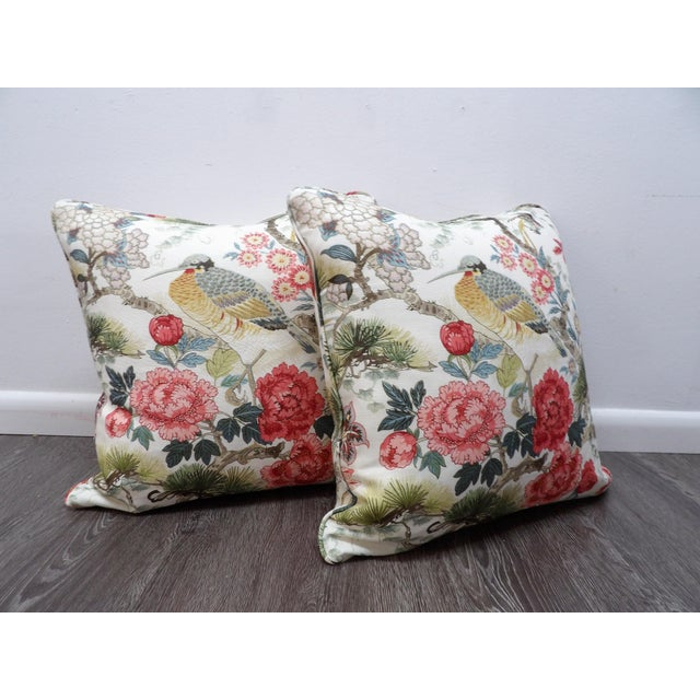 2010s Chinoiserie Scalamandre Shen Yang Linen Pillows - a Pair For Sale - Image 5 of 5