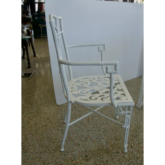Mid 20th Century Faux Bamboo Cast Aluminum White Table and Chairs Five-Piece Patio Set For Sale - Image 5 of 10