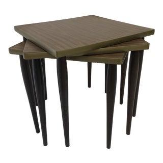 Vintage Mid Century Modern Wood Nesting Side Tables - Set of 3 For Sale