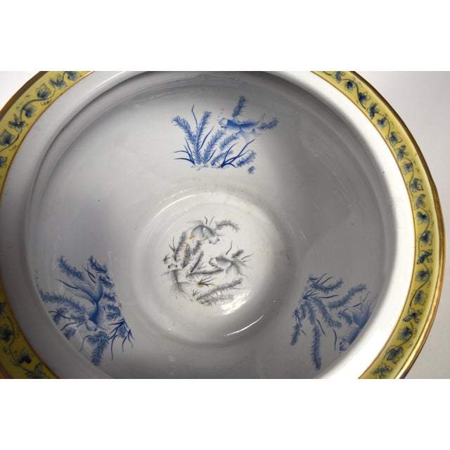 French Neoclassical Style Porcelain Plant Stand With Cache Pot - 2 Pc. Set For Sale - Image 10 of 13
