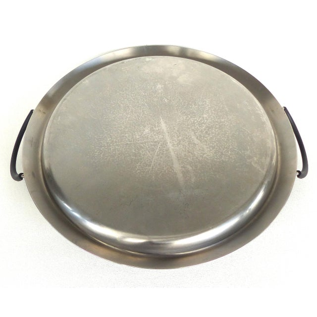 Metal 70s Italian Stainless Tray by Flavio Sambinelli for Carlo Giannini. For Sale - Image 7 of 8