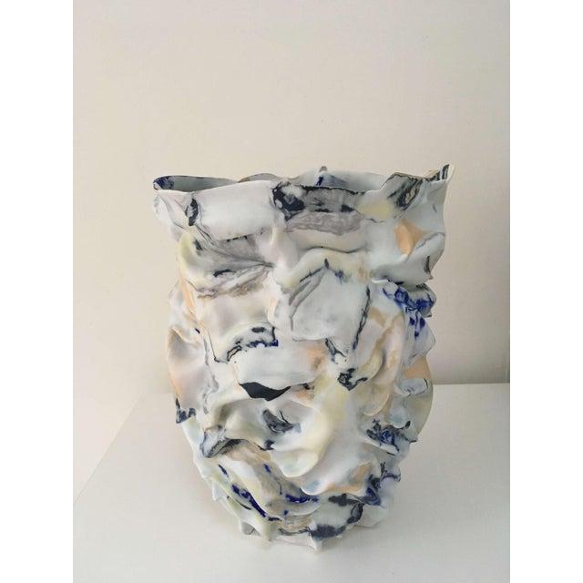 Abstract Fingered Dawn Sculptural Porcelain Vase by Babs Haenen Inspired by Willem De Kooning For Sale - Image 3 of 3