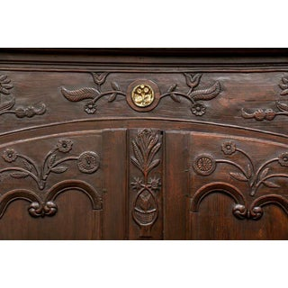 18th Century Traditional Brittany France Armoire Preview