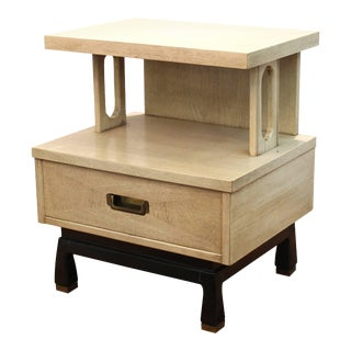 American of Martinsville Mid-Century Modern Side or End Table with Drawer For Sale