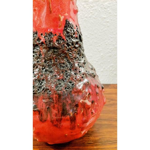 "1960s Kreutz Keramik Red/Black Fat-Lava Jug Vase 201 (9.3"") For Sale - Image 9 of 12"