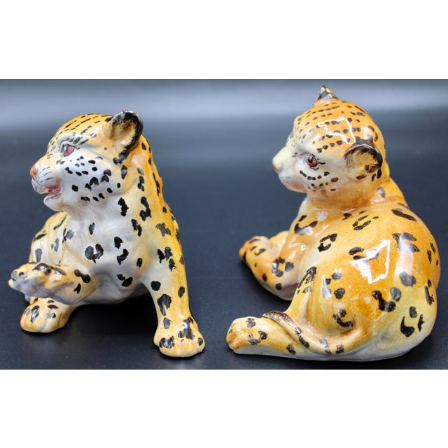 Mid-20th Century Italian Mottahedeh Terra Cotta Leopards - a Pair For Sale In Tulsa - Image 6 of 13