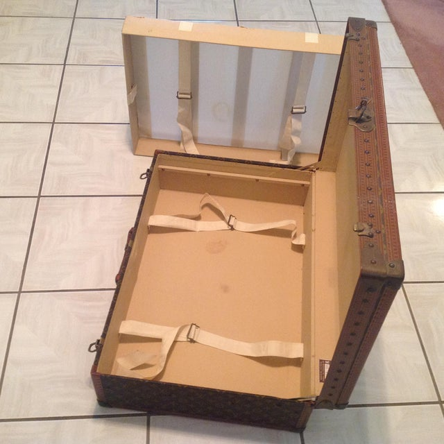 Mid-20th Century Louis Vuitton Hard Case Bisten Luggage For Sale - Image 9 of 12
