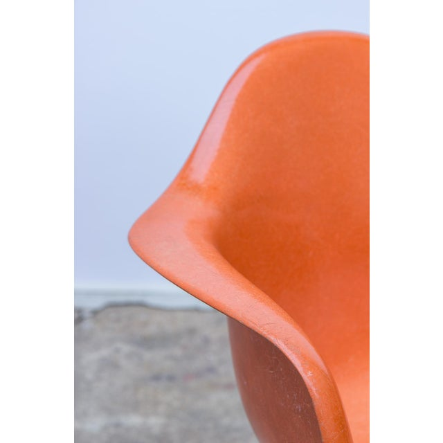 Eames Molded Fiberglass Armchair in Orange For Sale In New York - Image 6 of 10