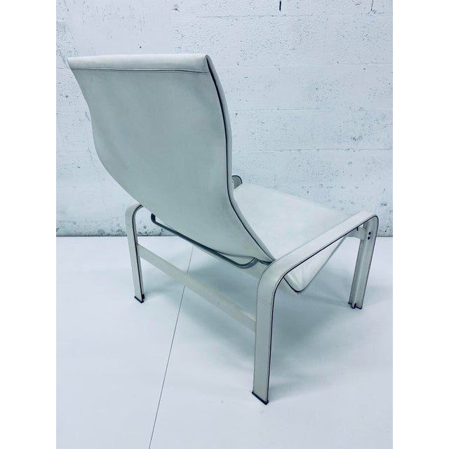 "Matteo Grassi Leather ""Sistina"" Lounge Chair and Foot Stool, Vintage 1980s For Sale In Miami - Image 6 of 13"