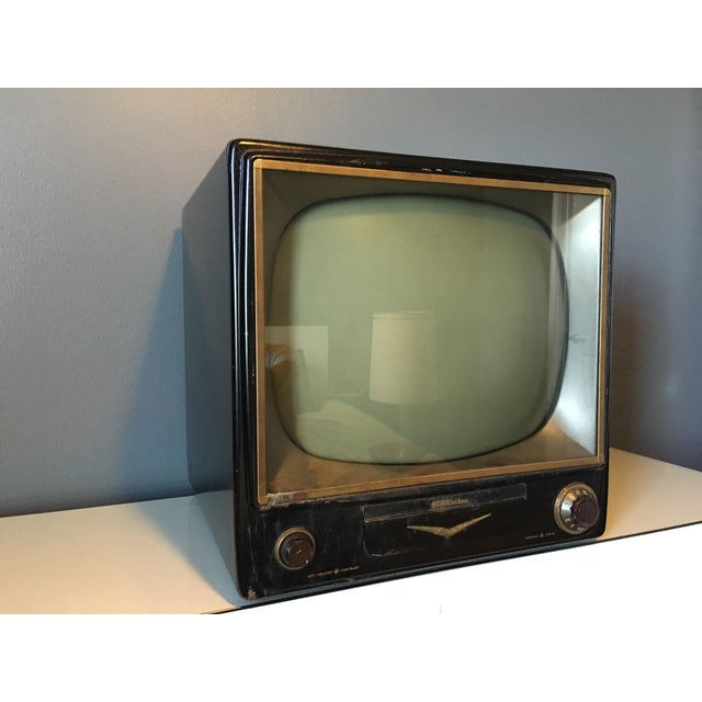 1950s Rca Television in Rare Black Metal Case - Image 4 of 8