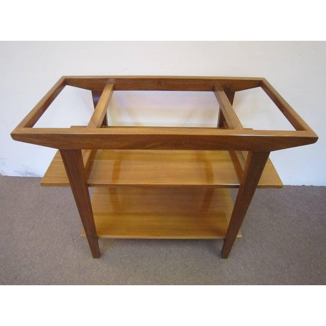 1950s French Mid-Century Modern Walnut Bar Cart Trolley/ Server/ Biblio, Andre Sornay For Sale - Image 5 of 11