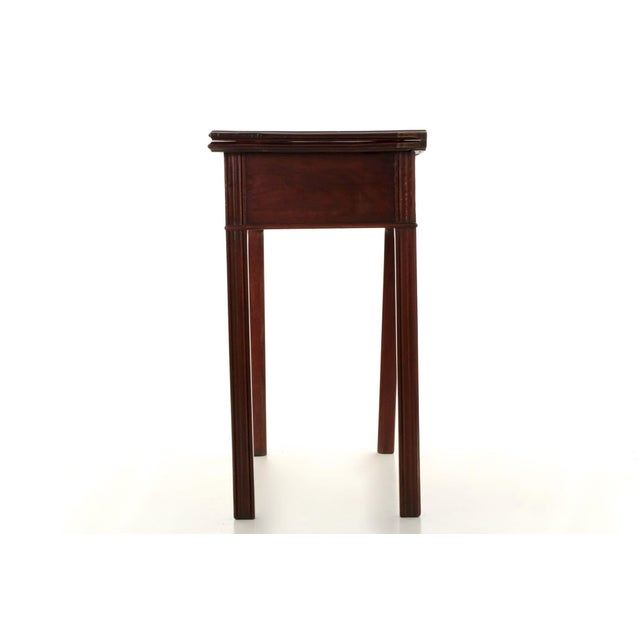 American Chippendale Period Mahogany Antique Card Table, late 18th century For Sale - Image 4 of 11