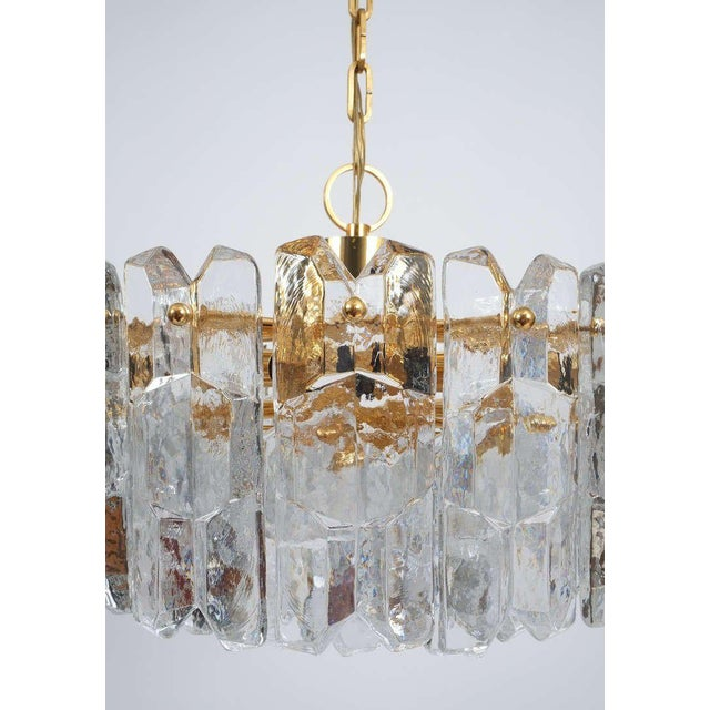 Gold J.T. Kalmar Gold Brass Tiered Crystal Glass Chandelier Palazzo Lamp, circa 1960 For Sale - Image 8 of 10