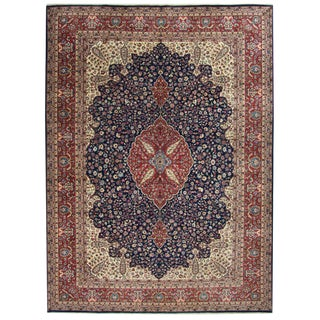 Classic Hand-Knotted Semi-Antique Kayseri Carpet | 7'9 X 10'11 For Sale