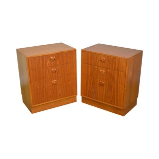 Danish Modern Teak Pair of 3 Drawer Chests For Sale