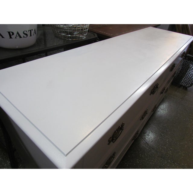 Painted White and Brass 6-Drawer Dresser - Image 6 of 6