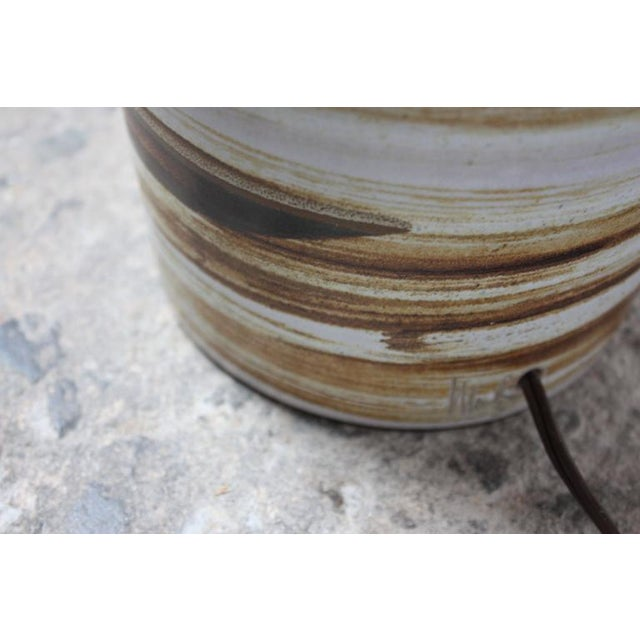 1960s Martz for Marshall Studios Earth Tone Swirl Ceramic Lamp For Sale In New York - Image 6 of 7