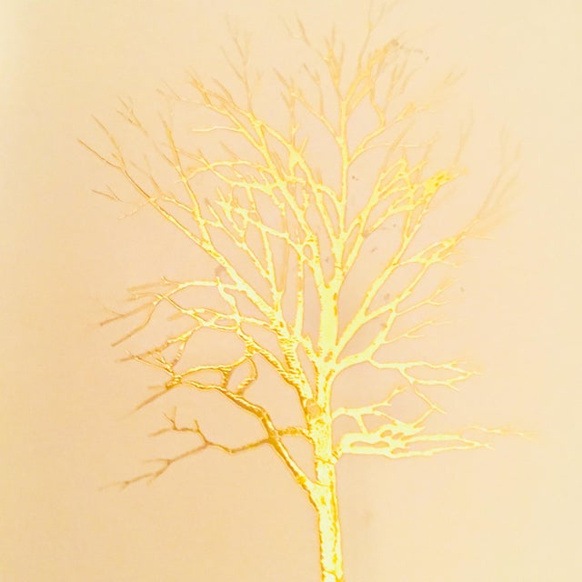 1980s Vintage White Lacquered Plastic Tissue Box With Gold Metallic Abstract Tree Design For Sale - Image 5 of 9