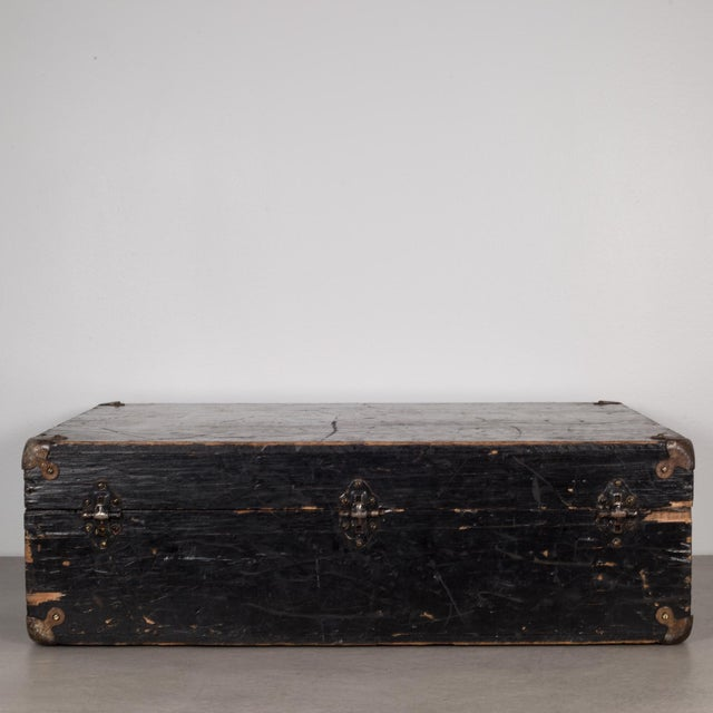 Hand Painted United States Navy Construction Mechanic Tool Box C.1940 For Sale In San Francisco - Image 6 of 9